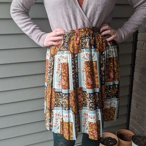 Scarf print faux patchwork paisley pleated skirt